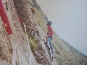 durante a abertura da via do Caroço, em 1985